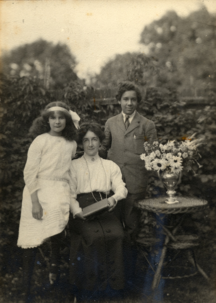 Jessie and the two Coleridge-Taylor children