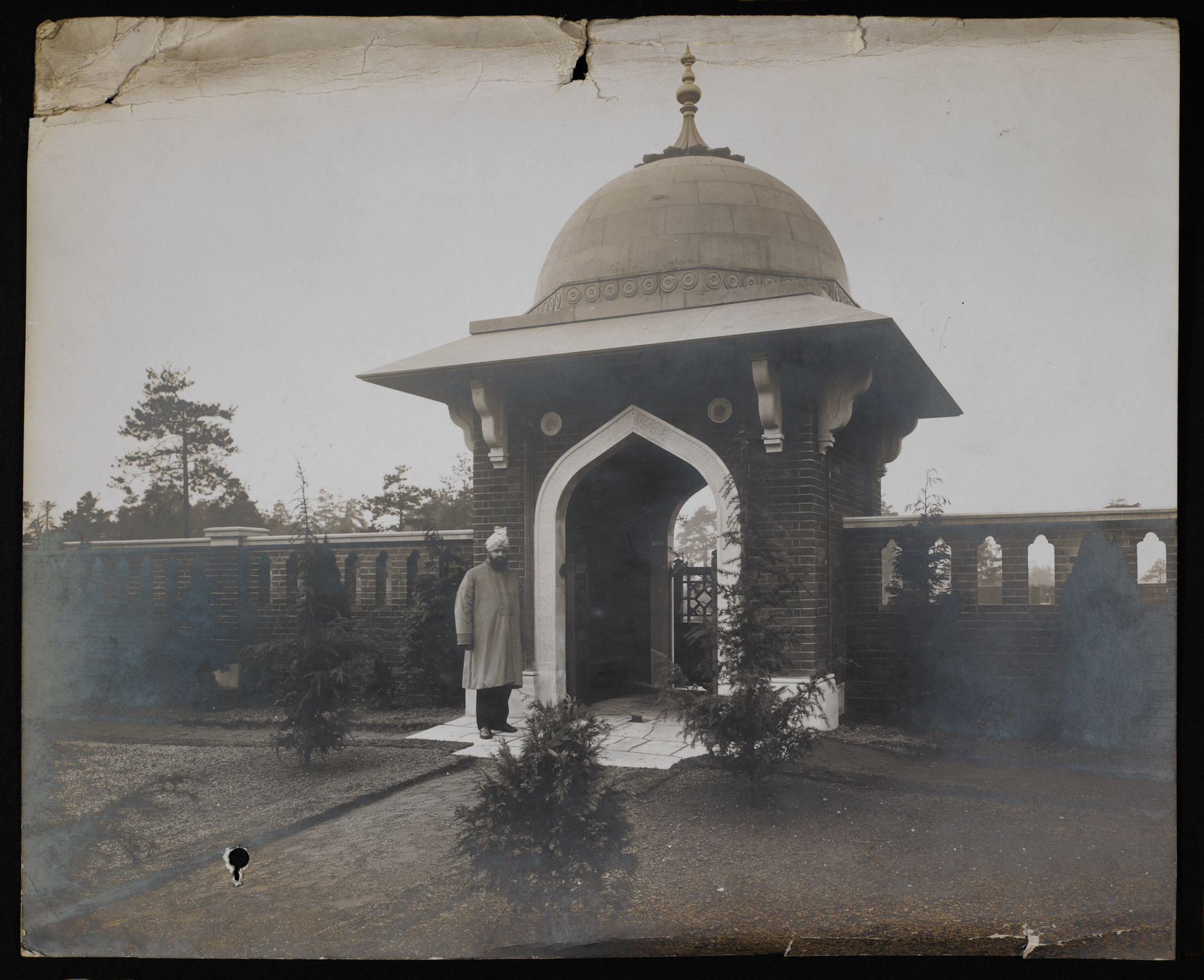 Photograph of the front gate to the cemetary for Muslim Indian Army soldiers