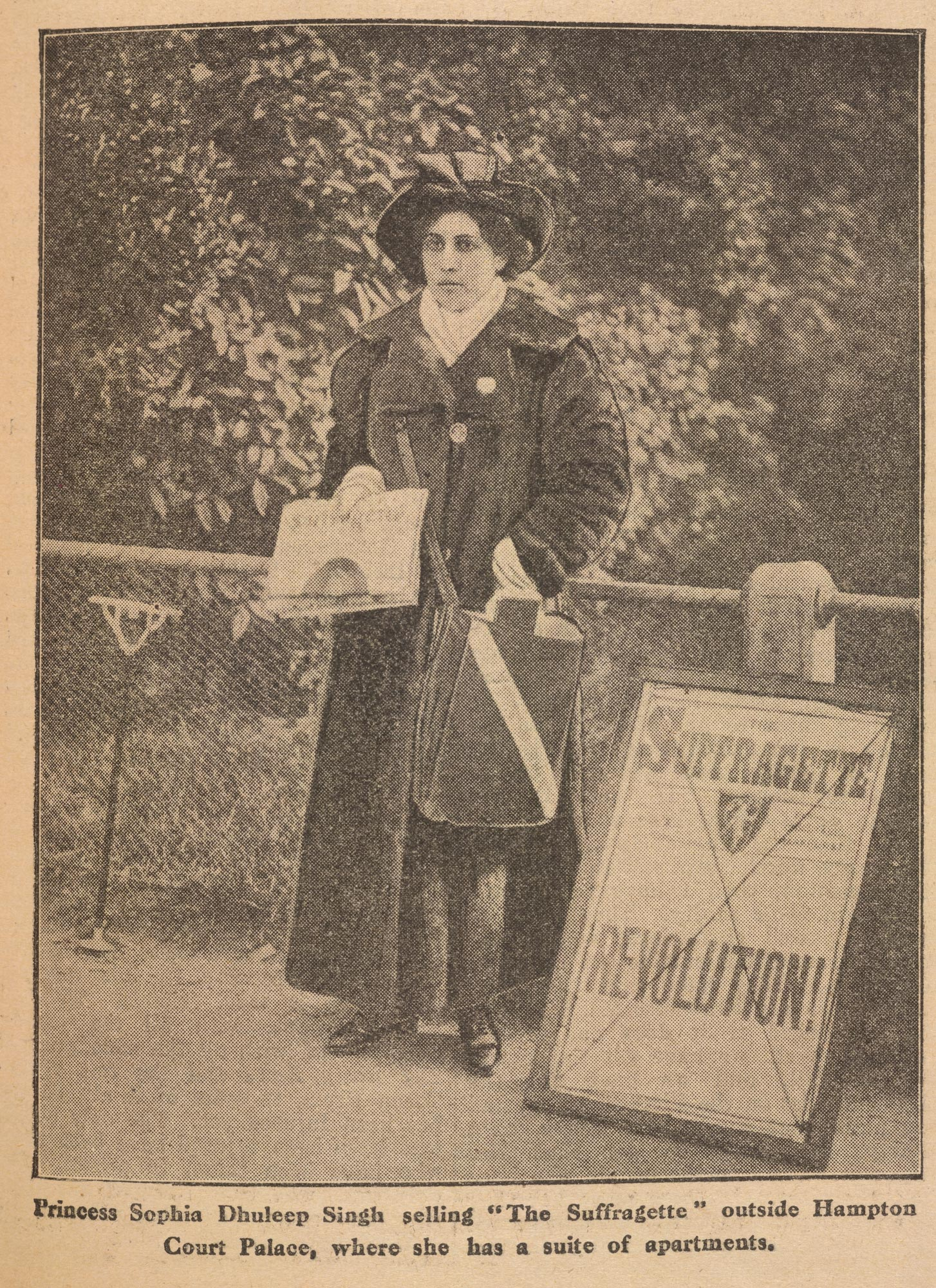 Photograph of Sophia Duleep Singh selling The Suffragette
