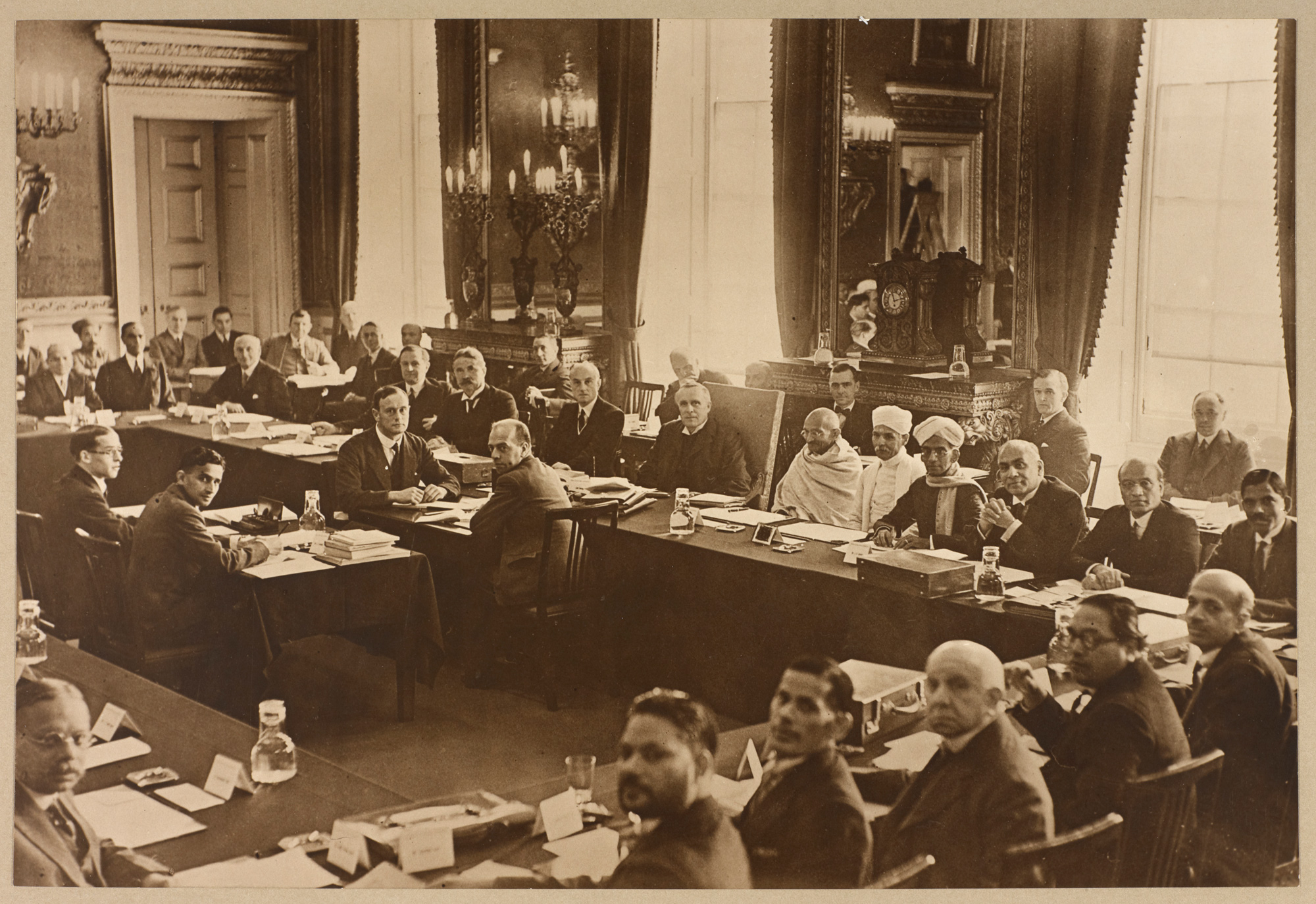 Photograph of the second session of the Round Table Conference