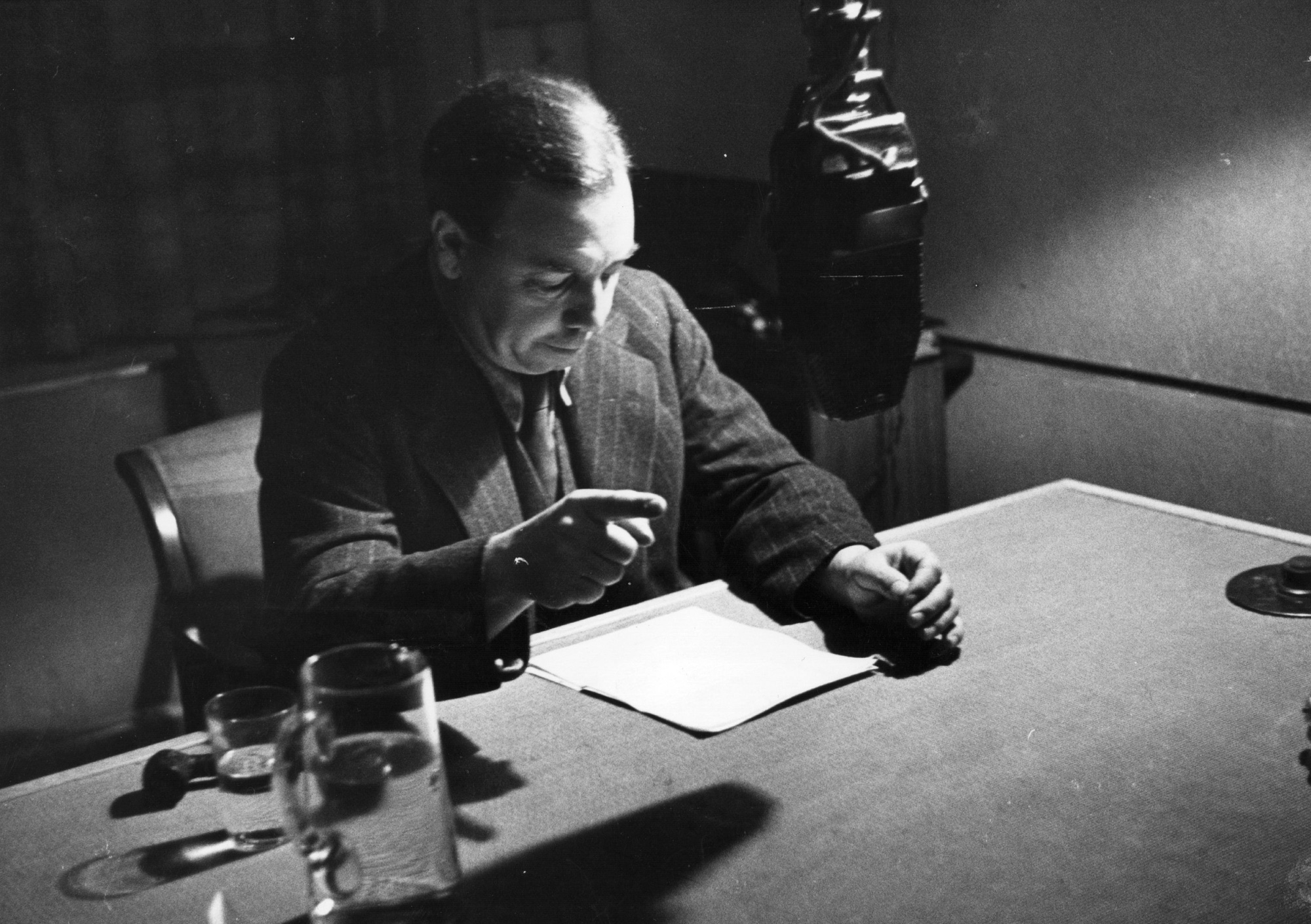 J B Priestley at the BBC, 1940