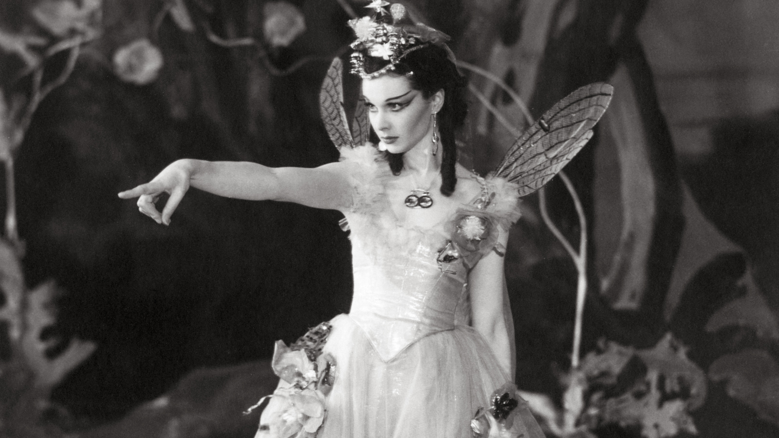 Dream, illusion and doubling in A Midsummer Night's Dream