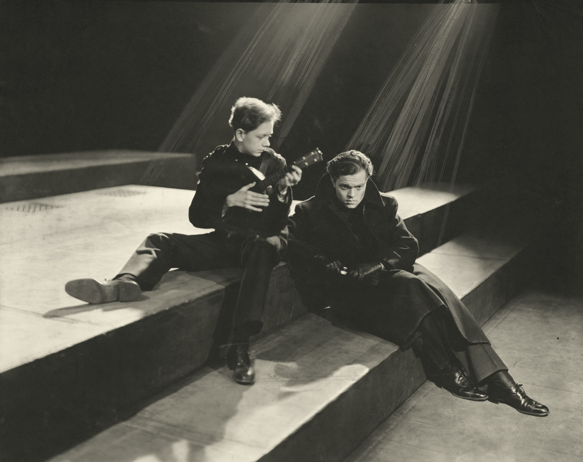 Photograph of Orson Welles and Arthur Anderson in Julius Caesar
