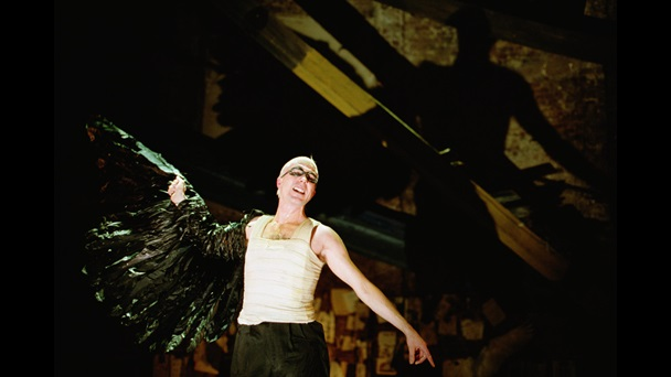 Photograph of Aidan Gillen as Ariel in The Tempest, 2000