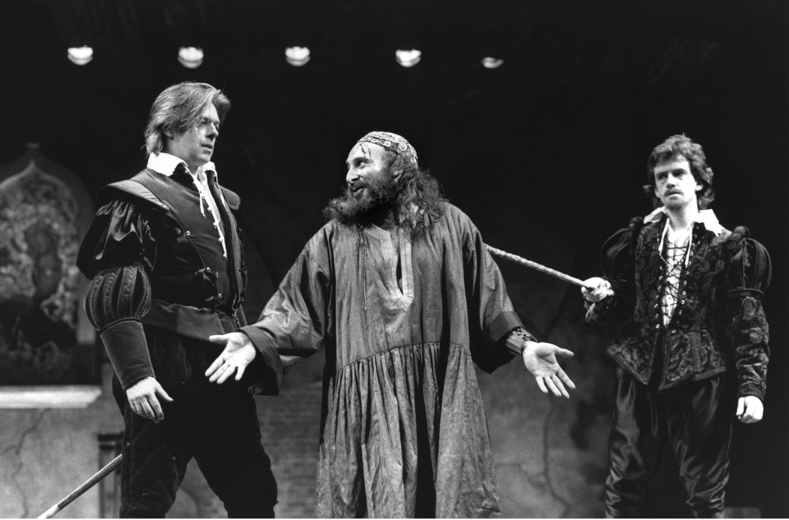 Photograph of Anthony Sher in The Merchant of Venice, 1987