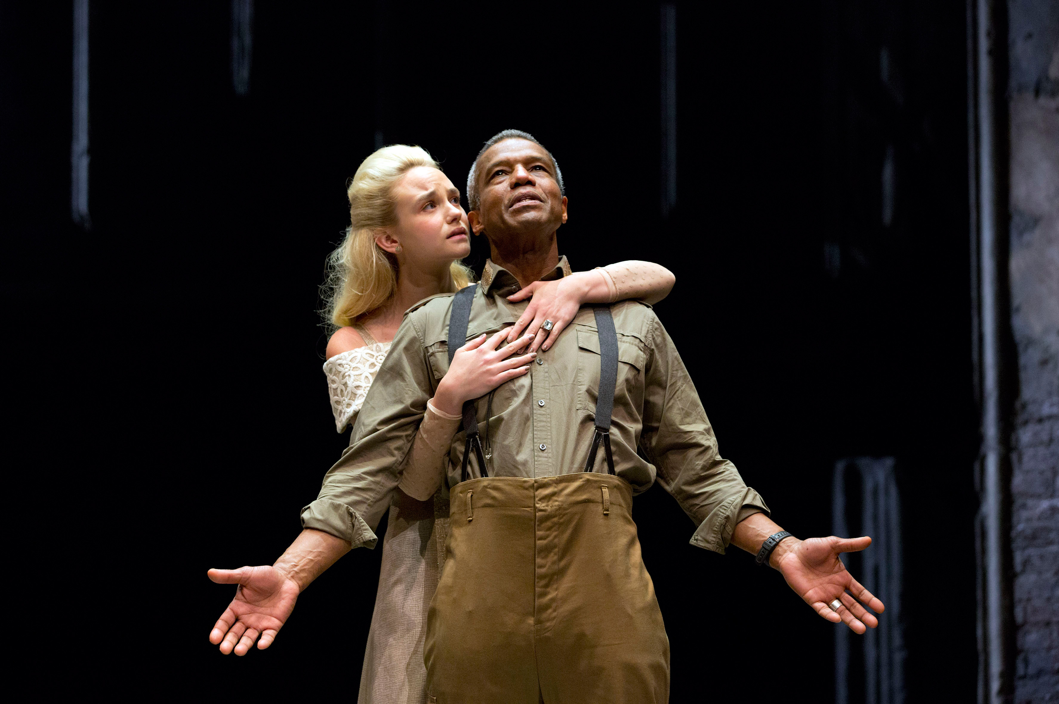 Photograph of Joanna Vanderham and Hugh Quarshie in Othello, 2015