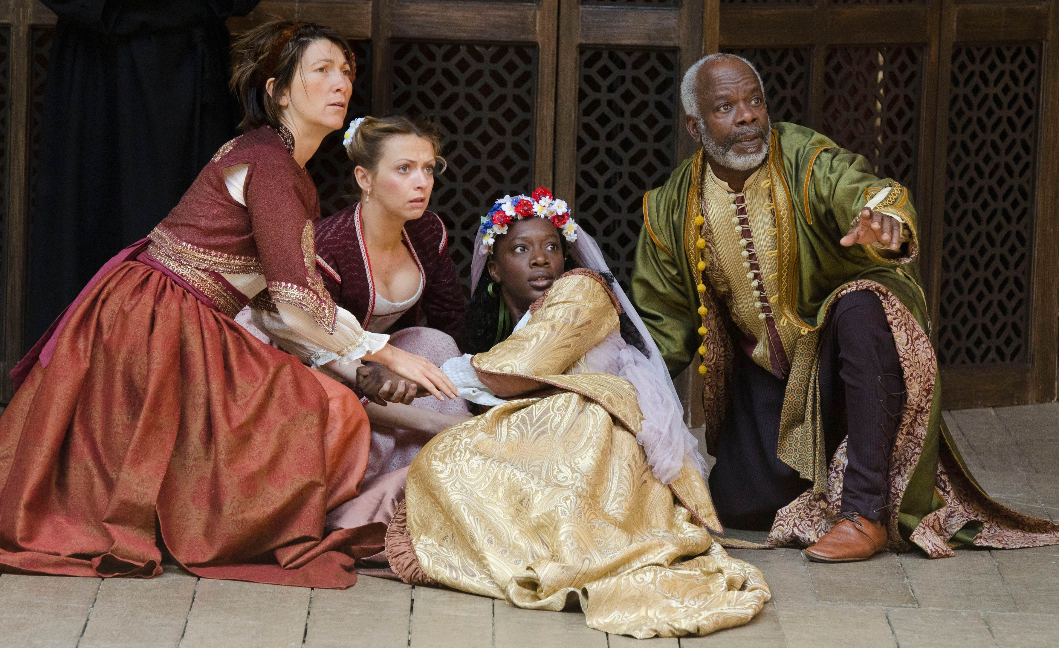 Photograph of Much Ado About Nothing performed at Shakespeare's Globe, 2011