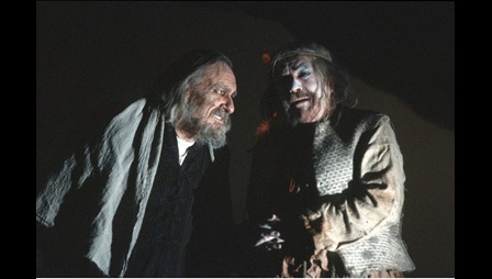 Photograph of Eric Porter and Peter Bayliss in King Lear, 1989