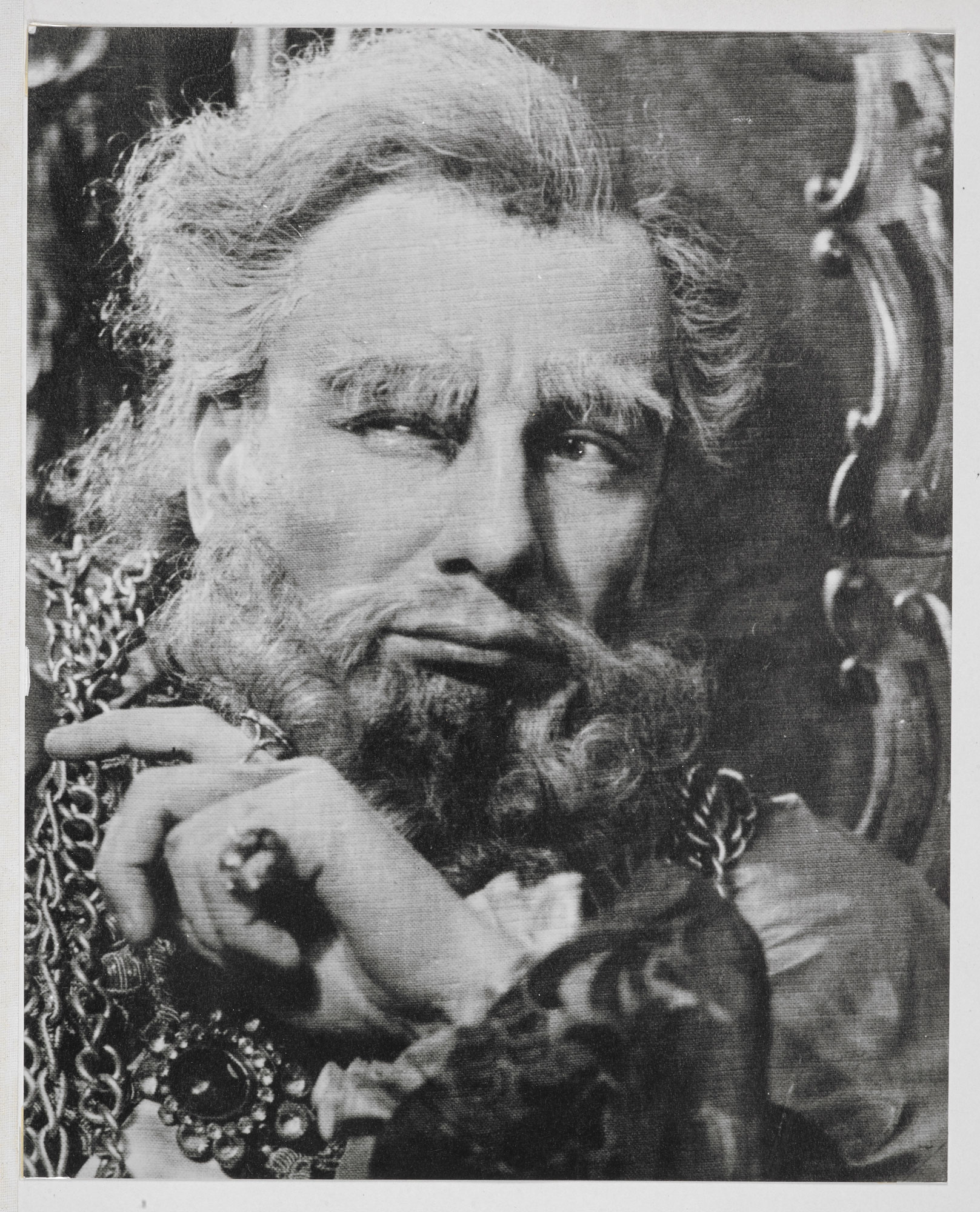 Photograph of John Gielgud as Lear, 1940