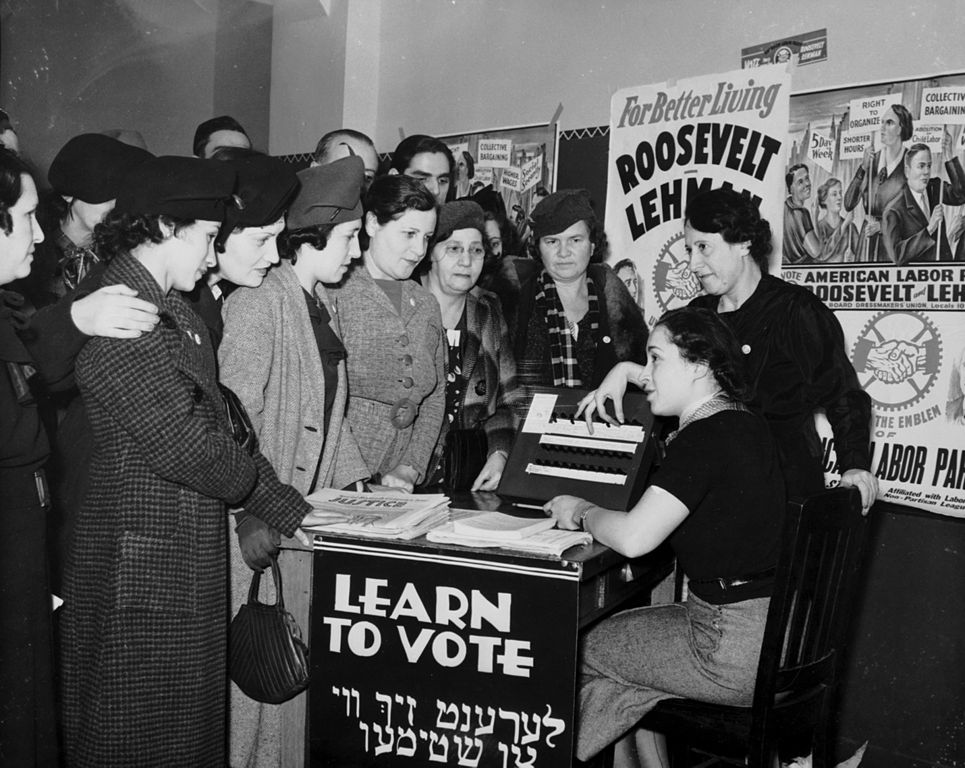 Jewish American Women Learn to Vote