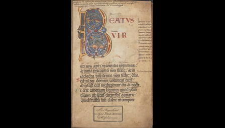 The Beatus page of a Psalter with an Anglo-Norman gloss, showing a large decorated initial.