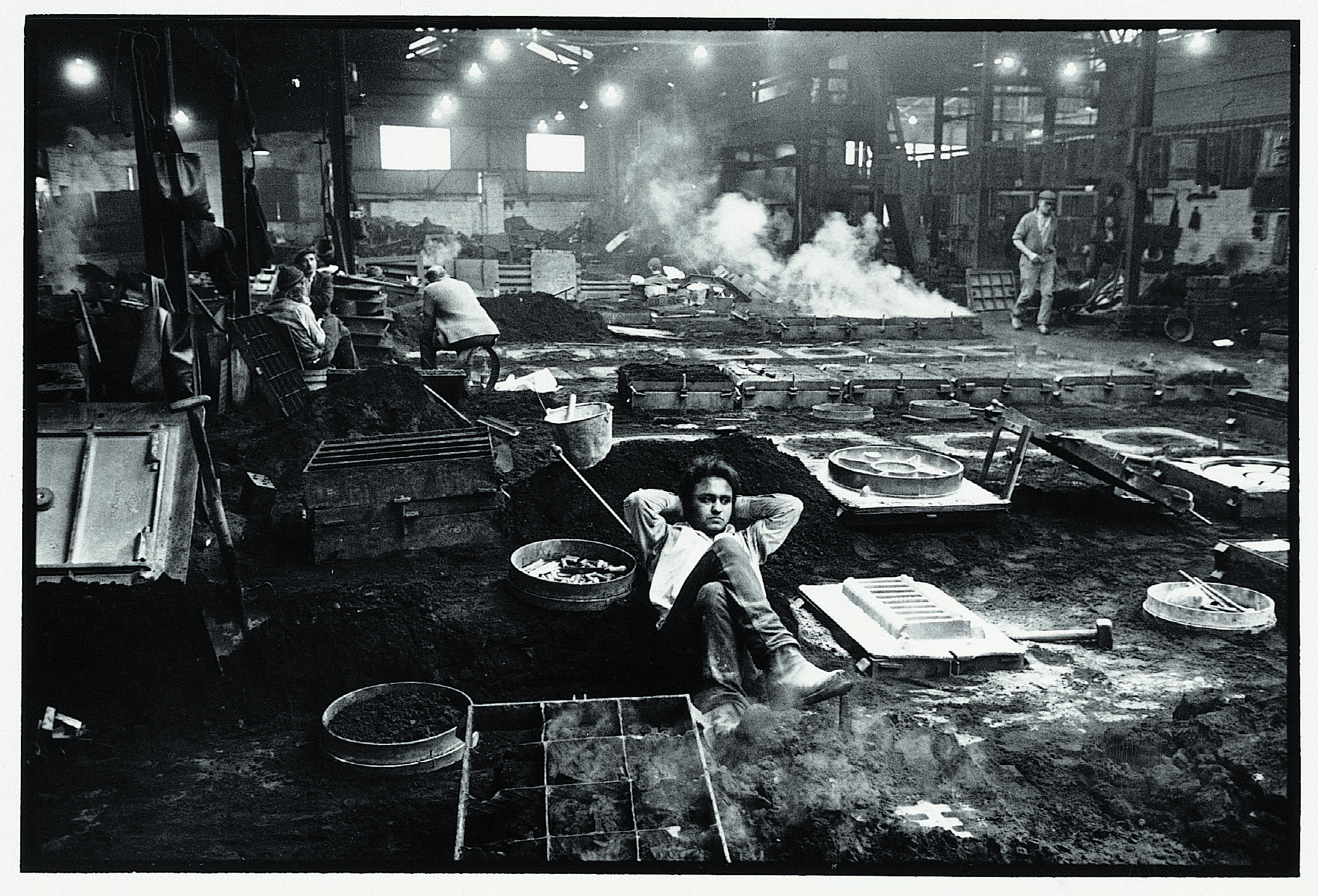 Foundry worker, Cradley Heath. Library of Birmingham: MS 2294/1/1/9/1 Image copyright Paul Hill, 1972