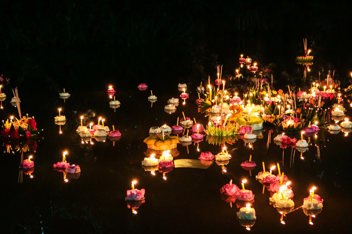 Light Night - Reflections on the Water, flower lanterns at Leeds Dock
