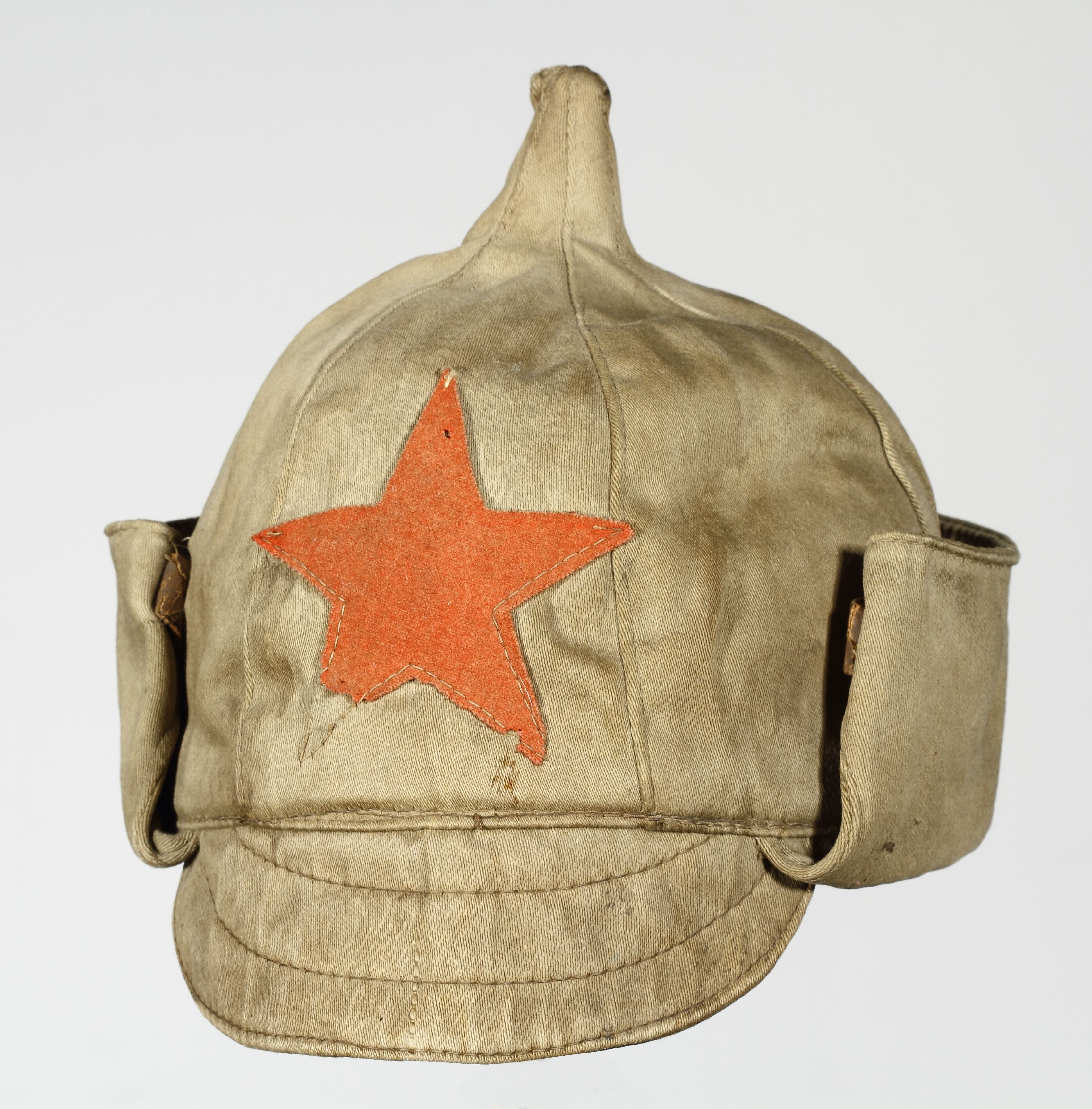 Red Army uniform - Budenovka cap (c) Polish Army Museum