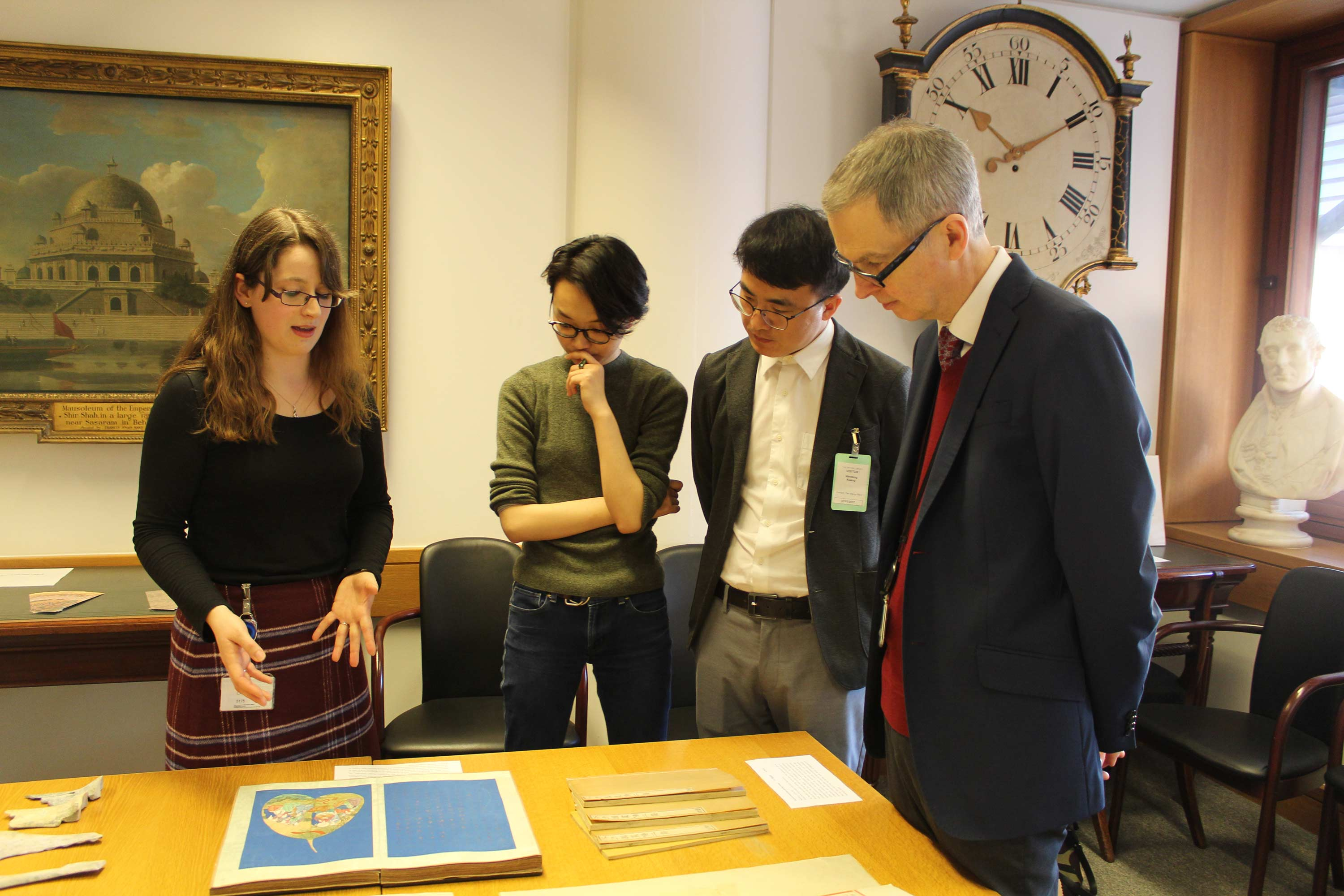 Show and Tell at the Chinese collection
