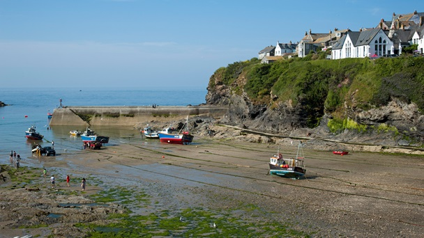 Photograph of Port Isaac when the tide is out.