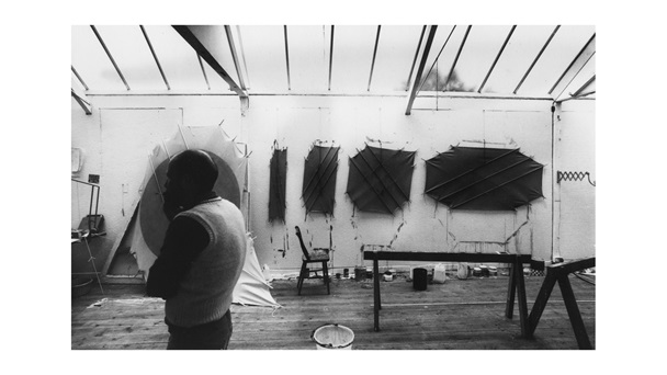 Richard Smith in his studio, East Tytherton, Wiltshire, photographed by Rowland Scherman.
