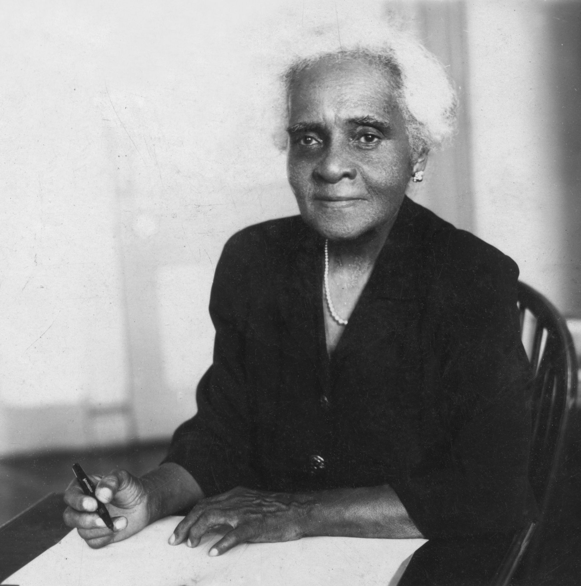 Photograph of Adelaide Casely-Hayford (1868–1969), née Smith, educator, feminist, cultural nationalist and writer from Sierra Leone.