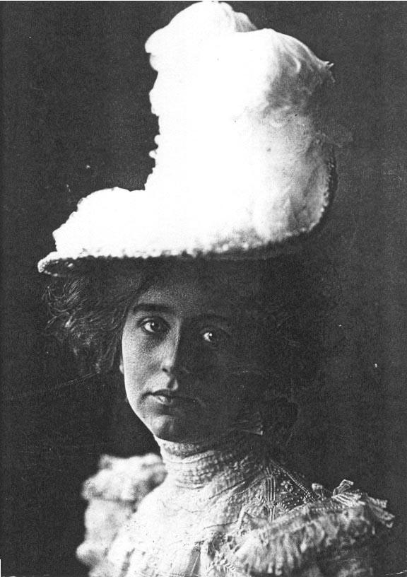 Portrait of Natalie Clifford Barney (1876-1972), taken in 1892.