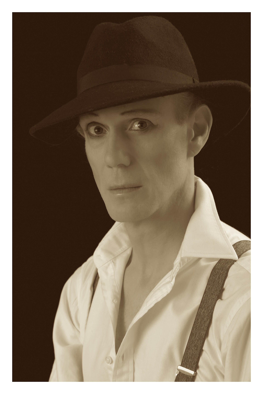 Christopher Green as Fred Barnes - photo by Milan Svanderlik