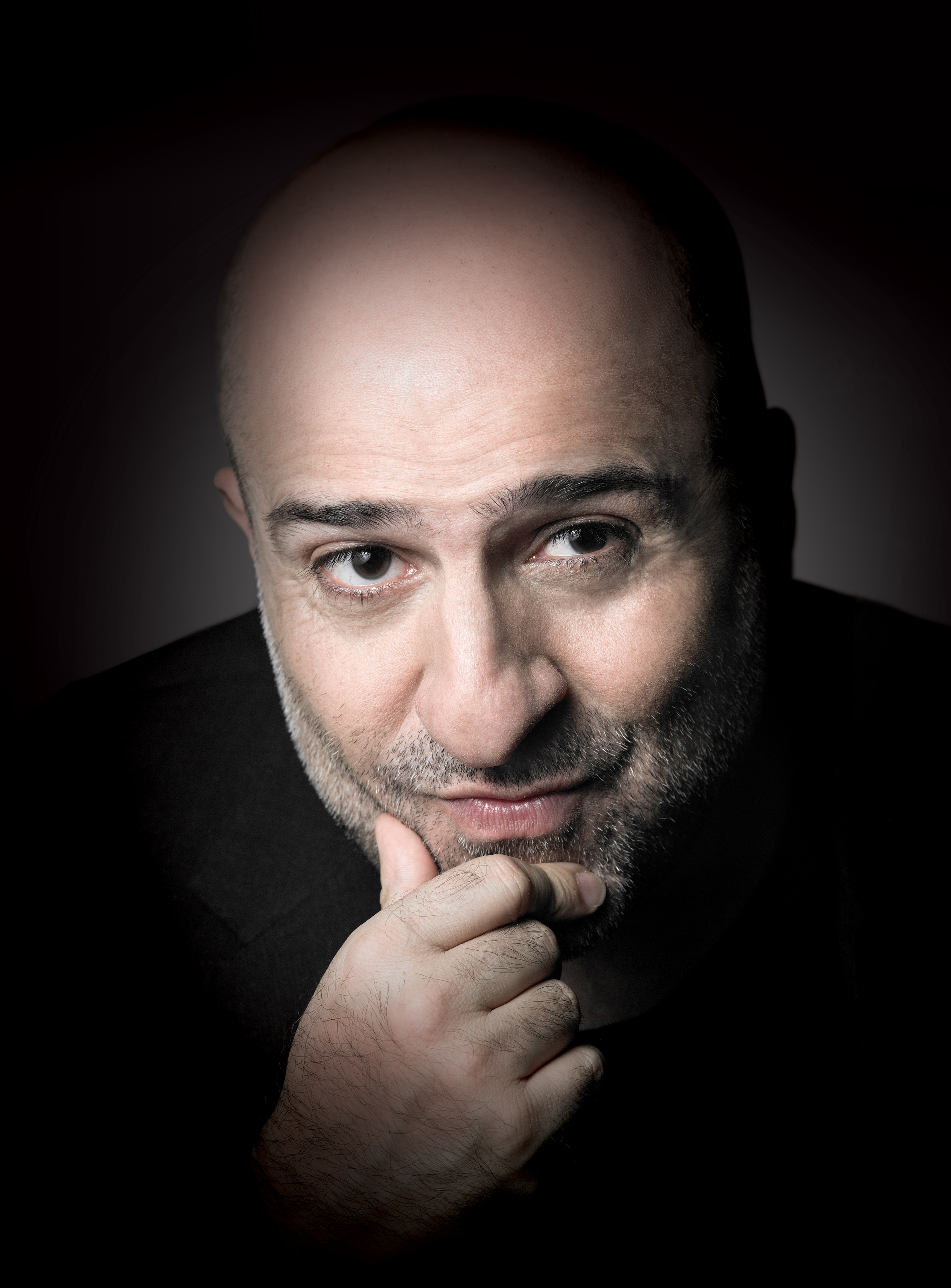 26_28_September_Omid_Djalili_A_Strange_Bit_Of_History