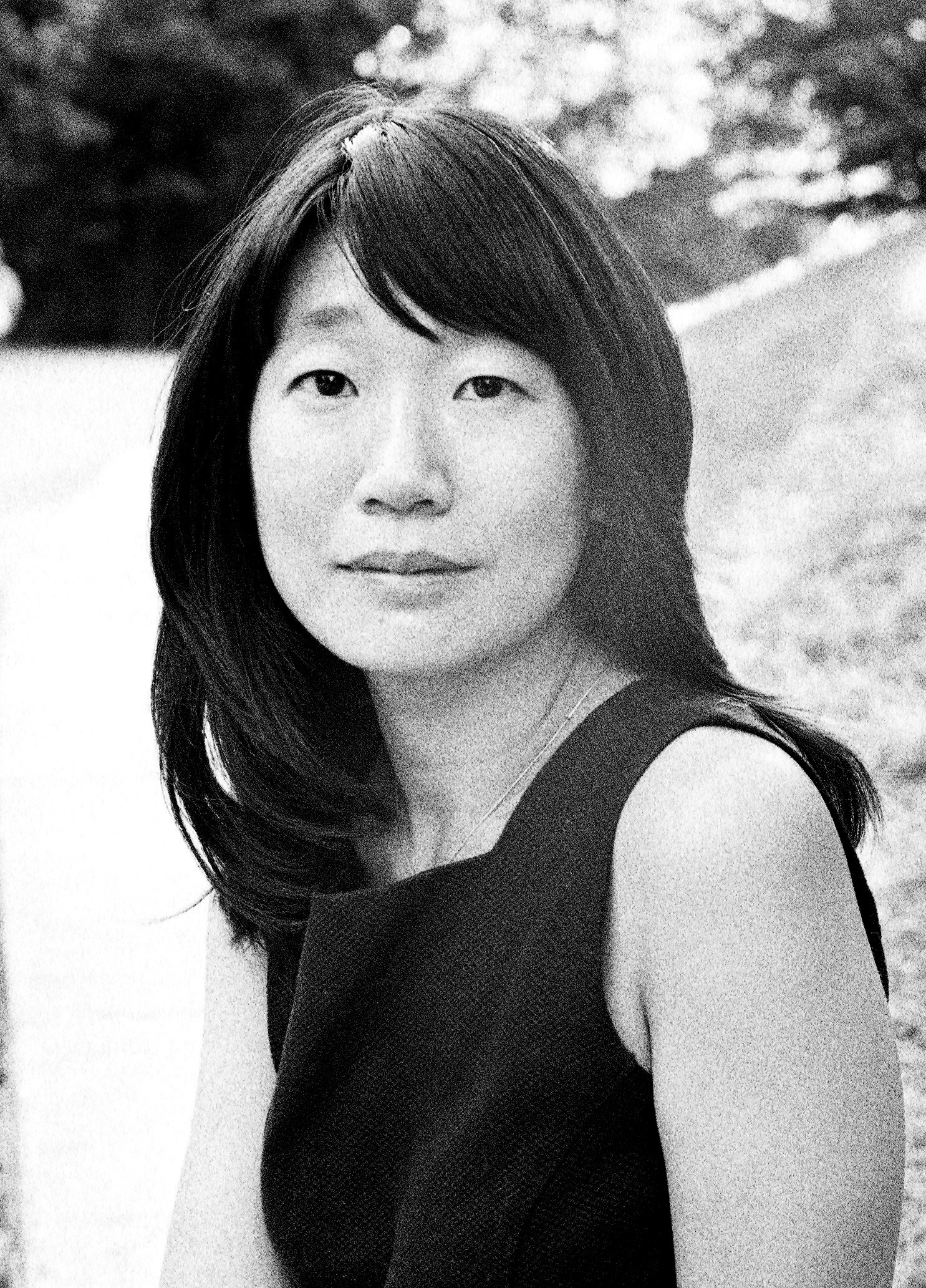 Monochrome photograph of the writer Madeleine Thien