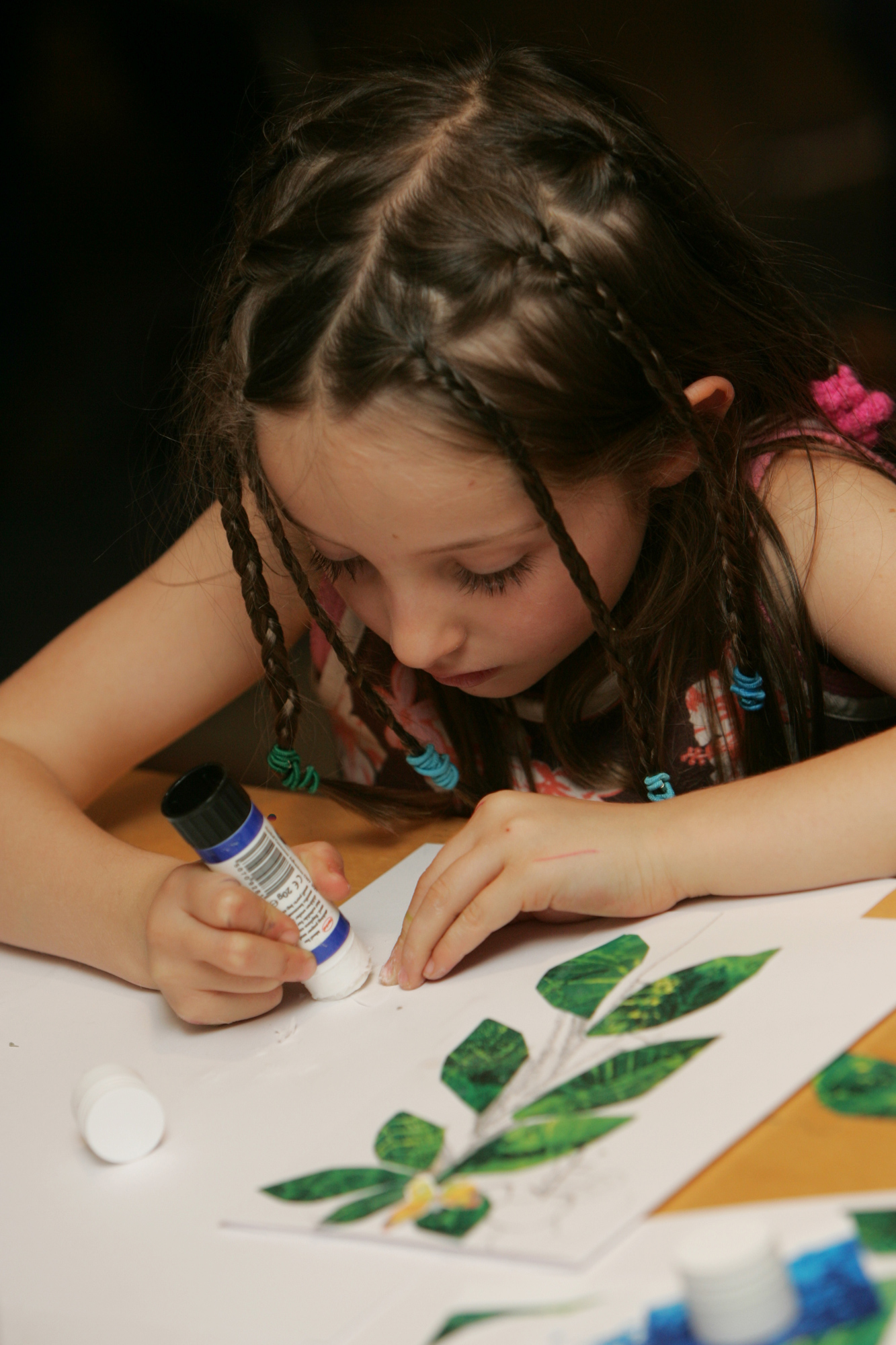 Journey to Wonderland: Make, Look, Explore Family Workshop