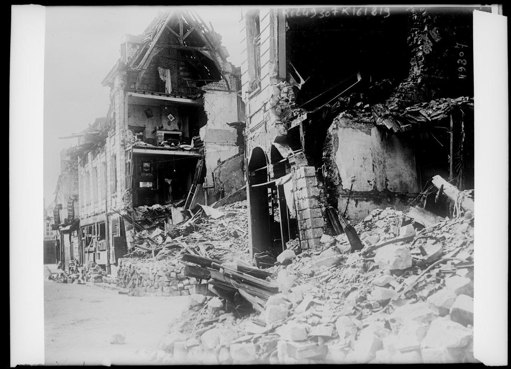 Arras in ruins