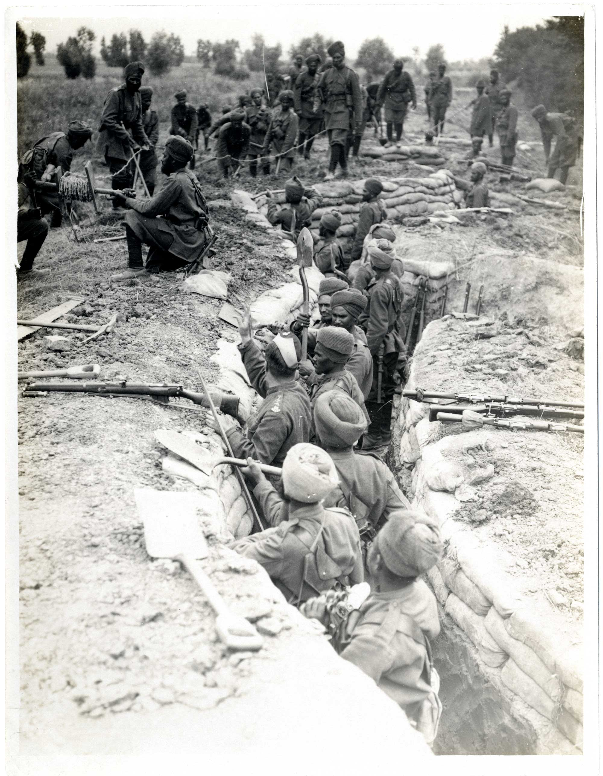 Indian soldiers digging trenches, 1915.
