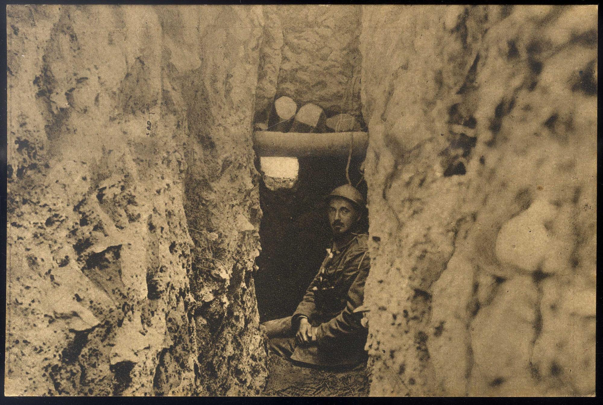 Serbian officer at an observation point at Mt Kajmakčalan on the Serbian-Bulgarian Front.