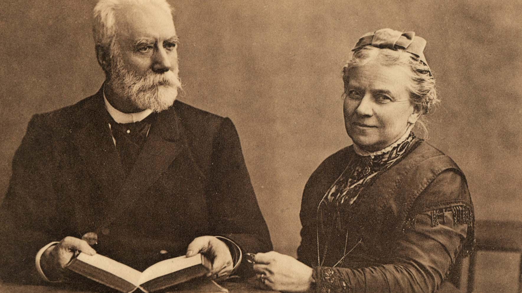 Frederik and Mathilde Bajer (detail)