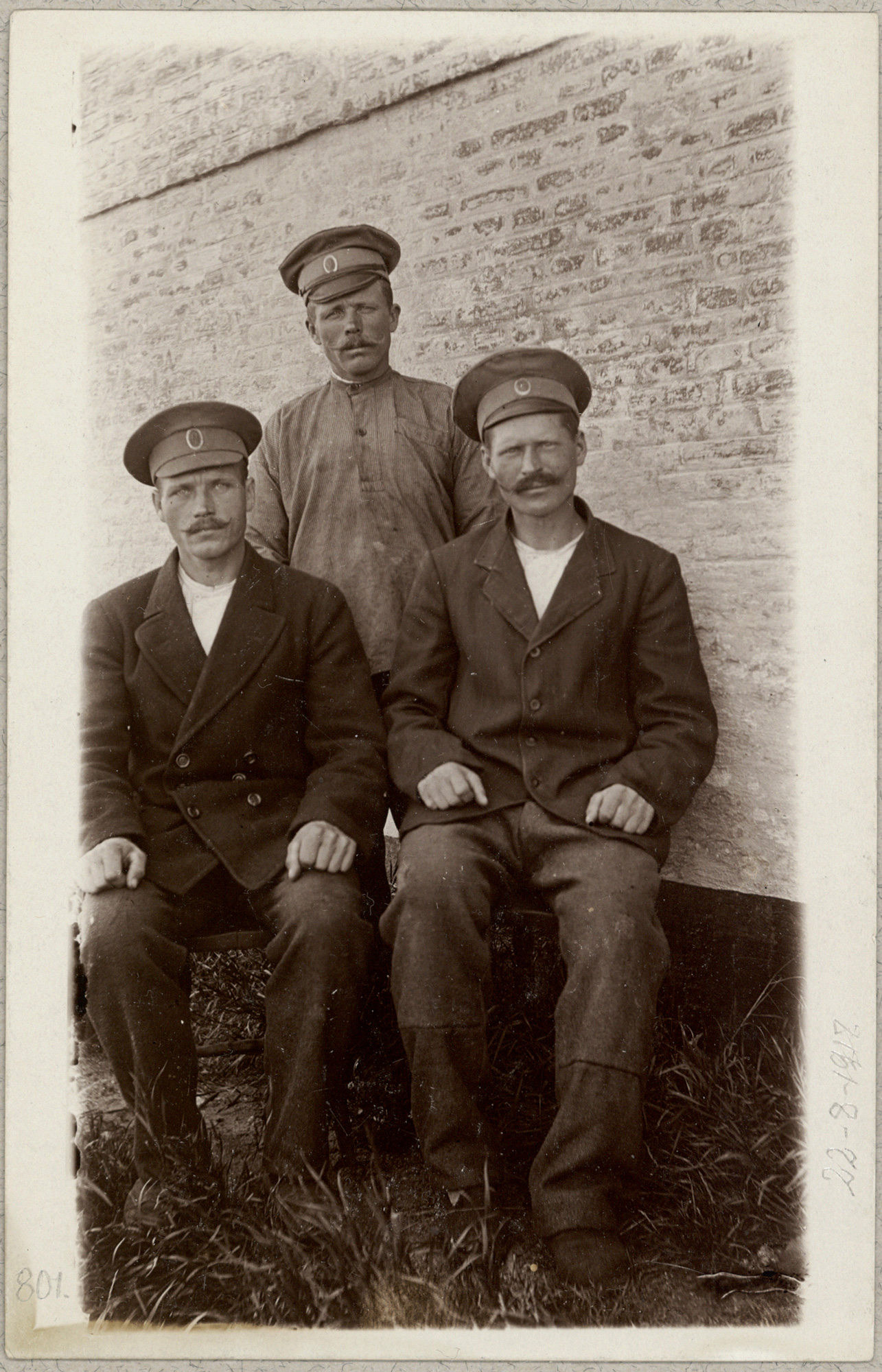 Three Russian prisoners of war in Assens