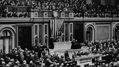 Photograph of President Woodrow Wilson addressing Congress