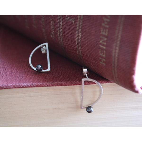 Perpetual Motion Stud Earrings