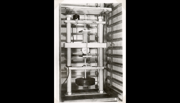 John Glen's ice compression machine in the Cavendish Laboratory, 1950s