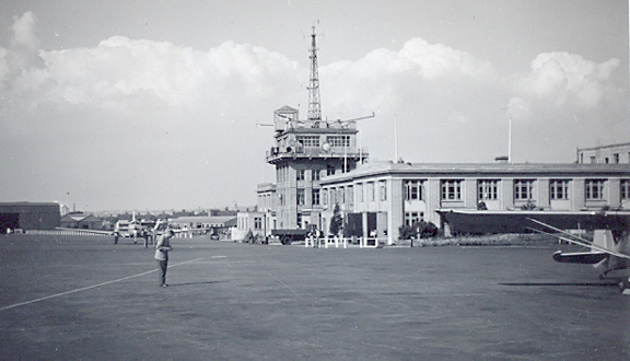 Croydon Airport, summer 1954