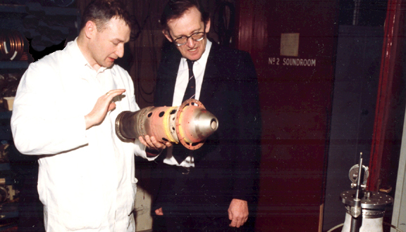 Understanding problems with jet engine component, exposed after many years in service, 1985