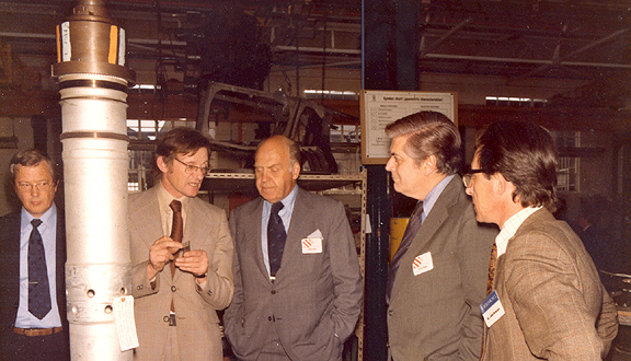 John Coplin explaining parts of RB211 to John Borger (right), Engineering Director of Pan Am