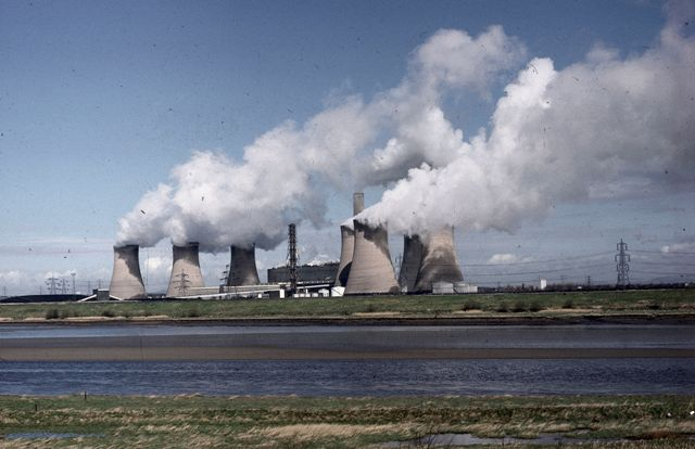 Fiddlers Ferry Power Station, Cuerdley, Cheshire. Image Nigel Bell