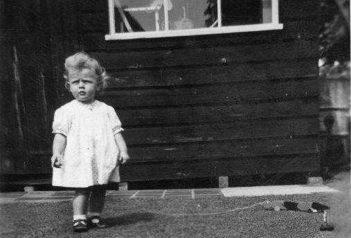 Jenny Constant in 1948, aged 2, with Sammy Snake